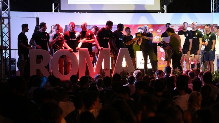artech-bsmi7-sul-palco-di-roma-seven-2017